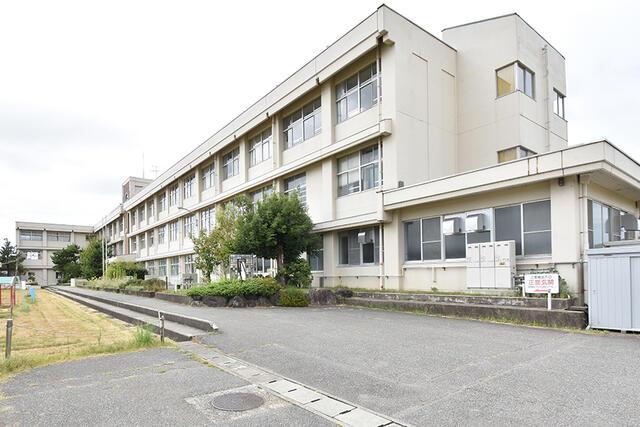 【小松市】一針町分譲2号棟/2021.1月完成予定 小学校