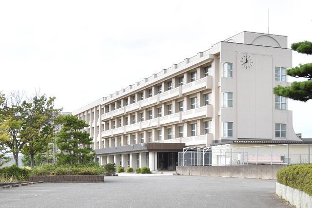【小松市】一針町分譲2号棟/2021.1月完成予定 中学校
