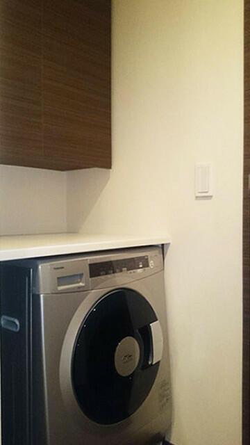 洗面所内の洗濯機置き場