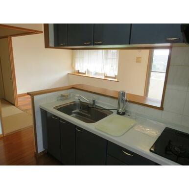キッチン(什器・設備等は価格に含まれません。)