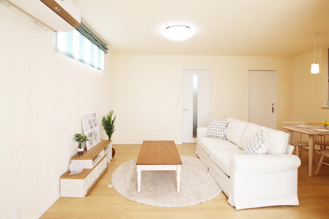 フレンドリーハウス分譲住宅情報【富山でローコスト・新築分譲をお探しなら】リビング