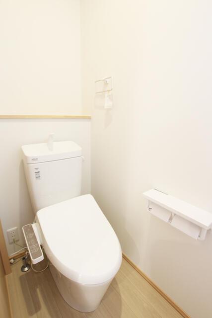 【黒部市】前沢分譲2号棟 トイレ