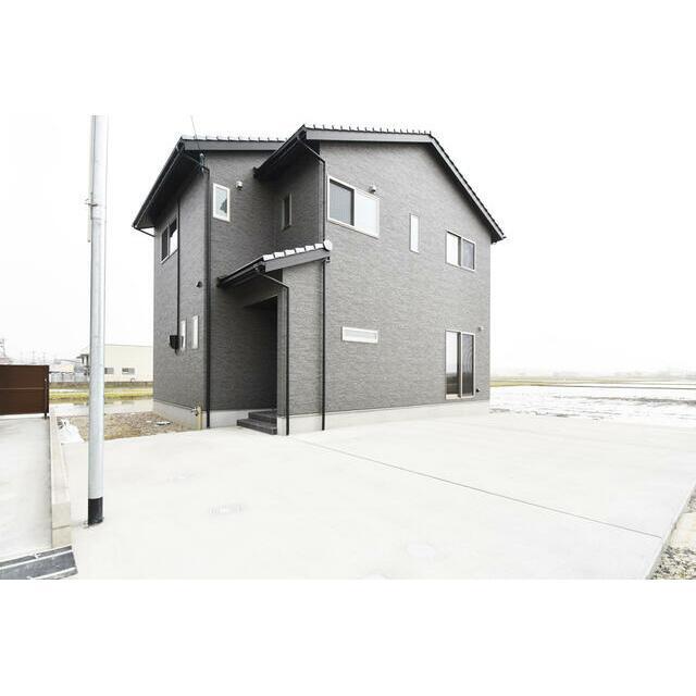 【小松市】南浅井町分譲1号棟/NEW 外観イメージ ※掲載の外観は、図面を基にCGで描いたもので植栽・色・門扉・形状等、実際とは異なります。