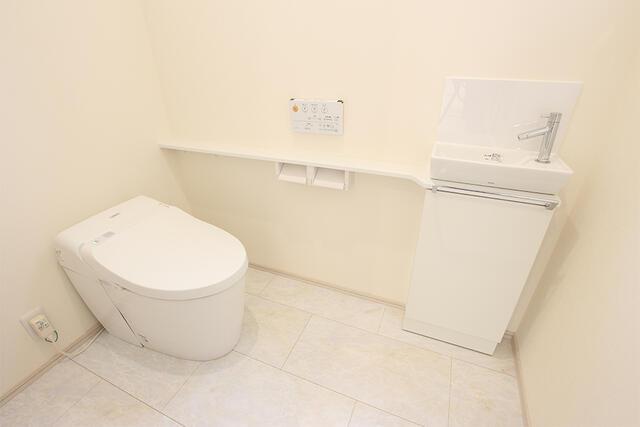 【高岡市】石瀬分譲F棟 トイレ