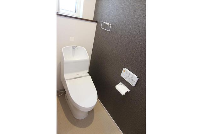 【高岡市】石瀬分譲C棟 トイレ