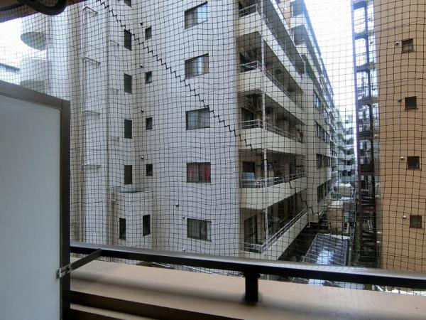 13階建て3階部分からの眺望。オートロック付きマンションのため、防犯面も安心!