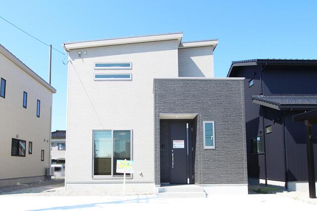 【黒部市】前沢分譲1号棟 外観