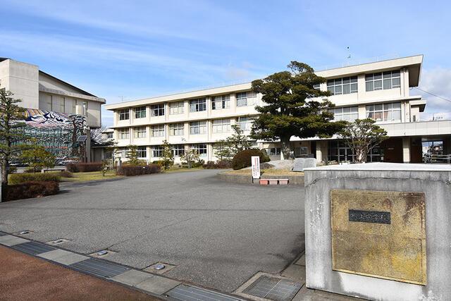 【能美市】浜町分譲1号棟 中学校