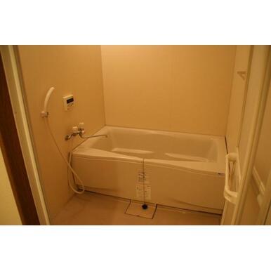 1坪タイプの広めの浴室!