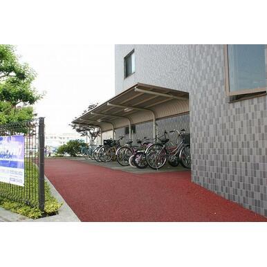 敷地内無料自転車置場完備!