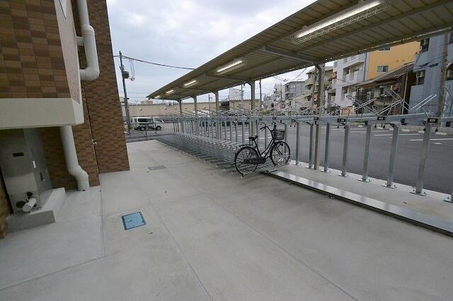 淡路駅 駐車場