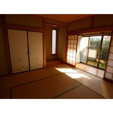 1階和室は約6.0畳です。