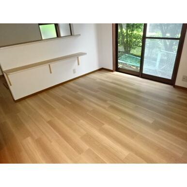 重ね張りにより床もリフォーム済み。