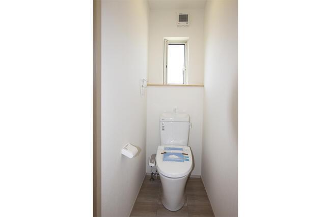 【高岡市】石瀬分譲D棟 トイレ