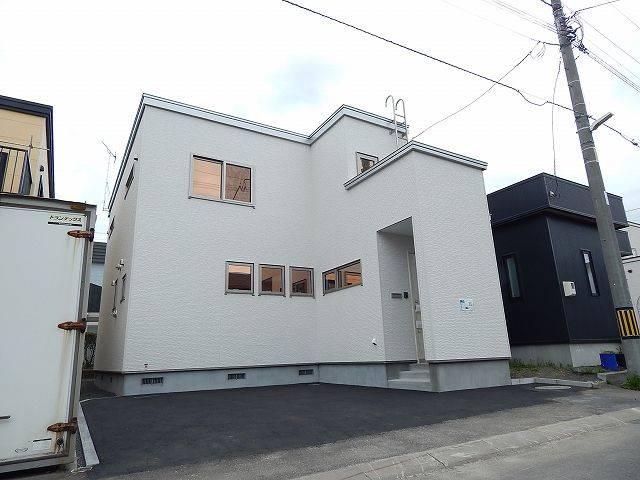 アットホーム】札幌市清田区 美しが丘二条8丁目 2階建 4LDK ...