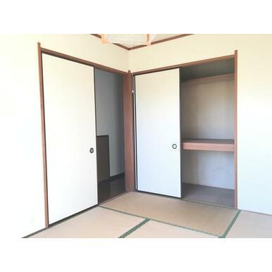 和室6帖収納スペース