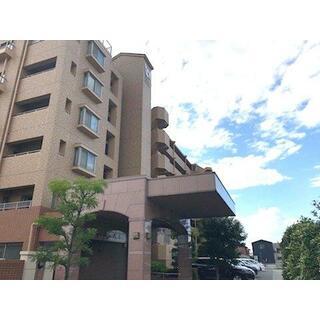 ロイヤルステージ蟹江 1階 3LDK