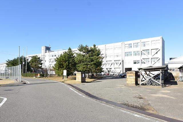 【小松市】南浅井町分譲2号棟/来年3月完成予定 中学校