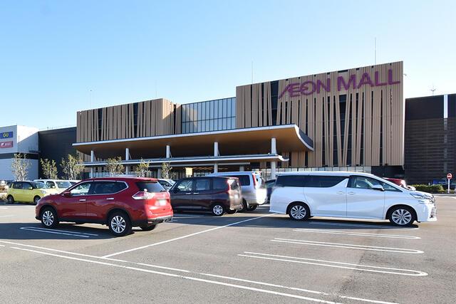 【小松市】南浅井町分譲2号棟/来年3月完成予定 ショッピング施設