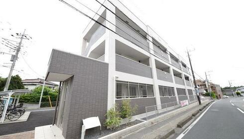 誉田駅 9分 3階 2LDK